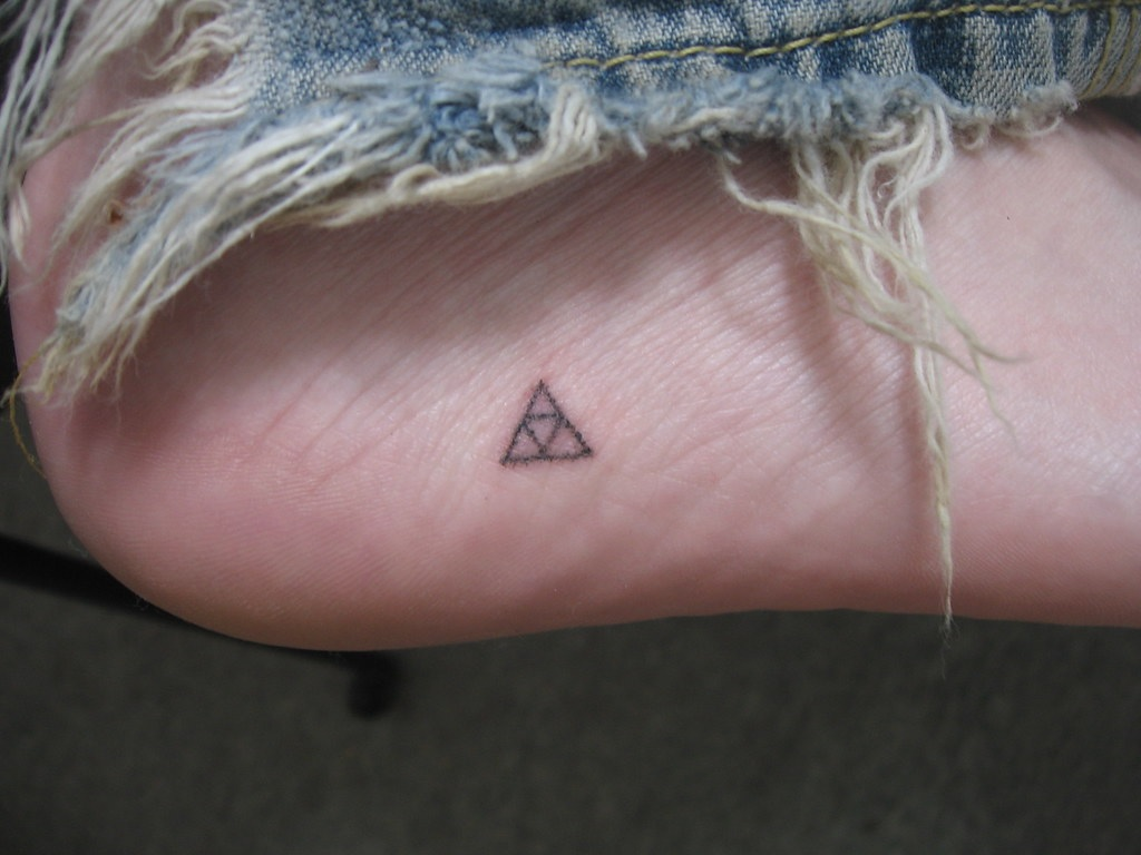 how long do stick and poke tattoos last